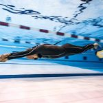 Matt Malina freediving for new world record in dynamic 300m underwater swim photo
